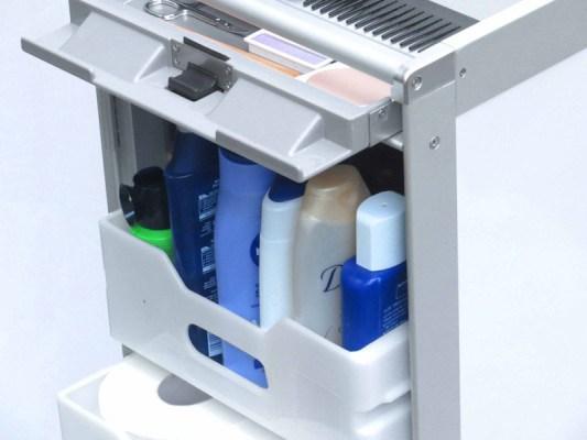 Airline-Trolley als praktischer Aufbewahrungsort für Badezimmer-Utensilien (© Wingdesign)