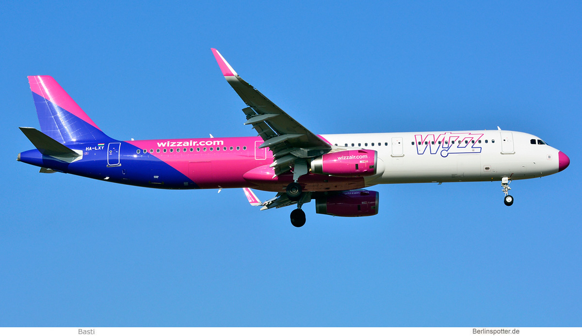 Wizz Air Airbus A321-200(SL) HA-LXY