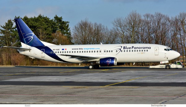 Blue Panorama, Boeing 737-400 9H-HUE, ex Valorfly-Bemalung (SXF 26.3. 2018)