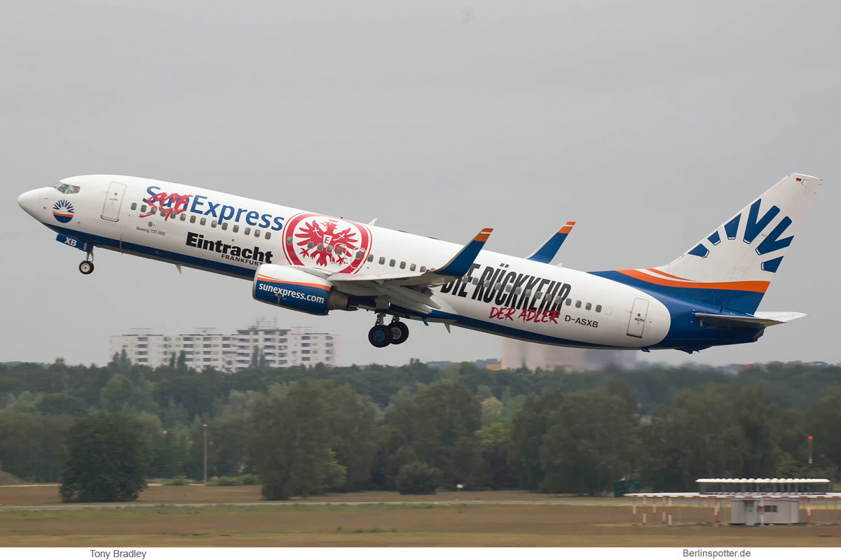 SunExpress Deutschland Boeing 737-800(WL) D-ASXB