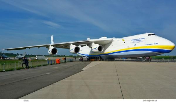 Antonov Airlines, An-225 UR-82060 (ILA SXF 27.4. 2018)