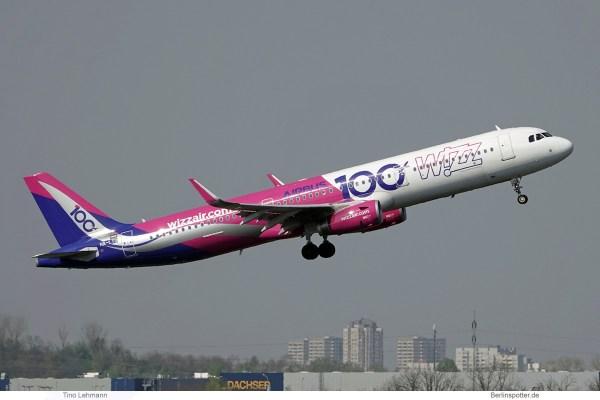 Wizz Air, Airbus A320-200(SL) HA-LTD, 100th Airbus cs. (SXF 7.4.2019)
