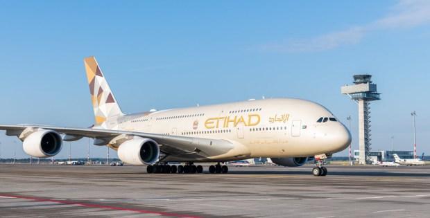Etihad Airways, Airbus A380-800 A6-APC (SXF 13.7. 2018)