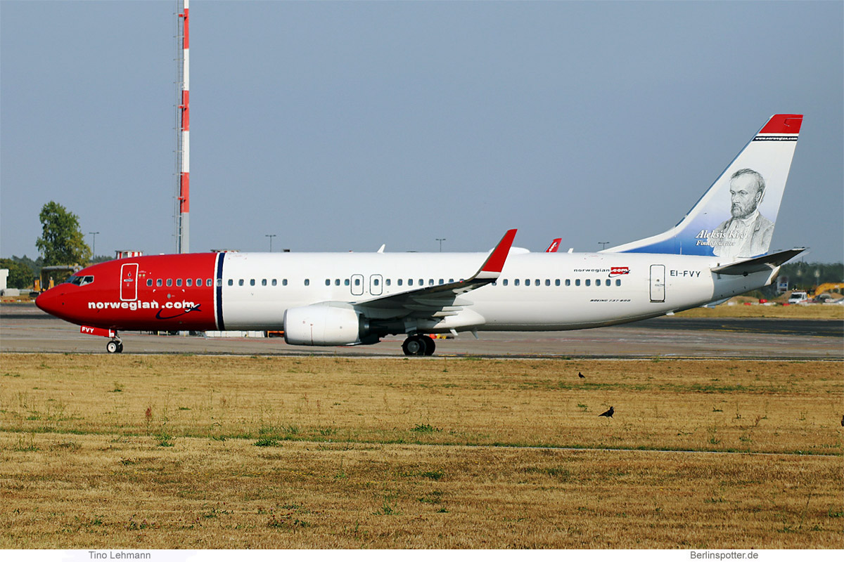 Norwegian Air International Boeing 737-800(WL) EI-FVY