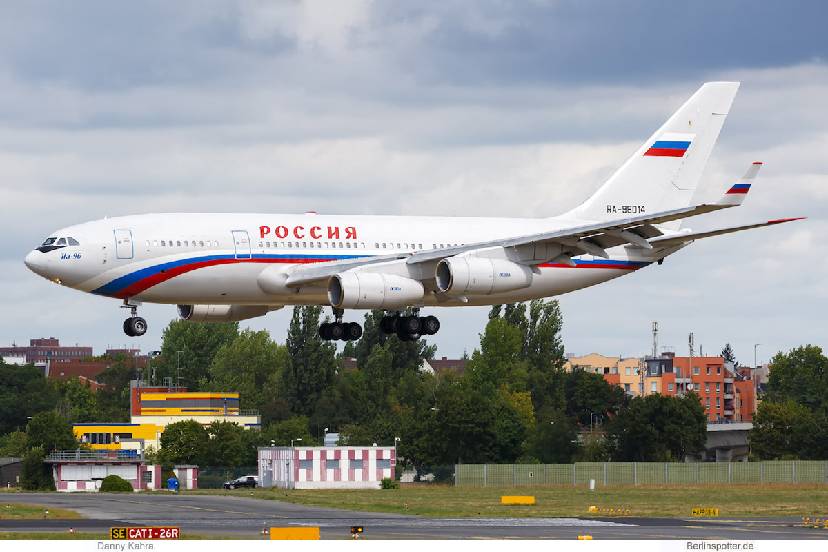 Russland Ilyushin Il-96-300 RA-96014