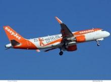 easyJet Europe, Airbus A320-200(SL) OE-IZQ, mit Berlin-Sticker (TXL 13.10. 2018)