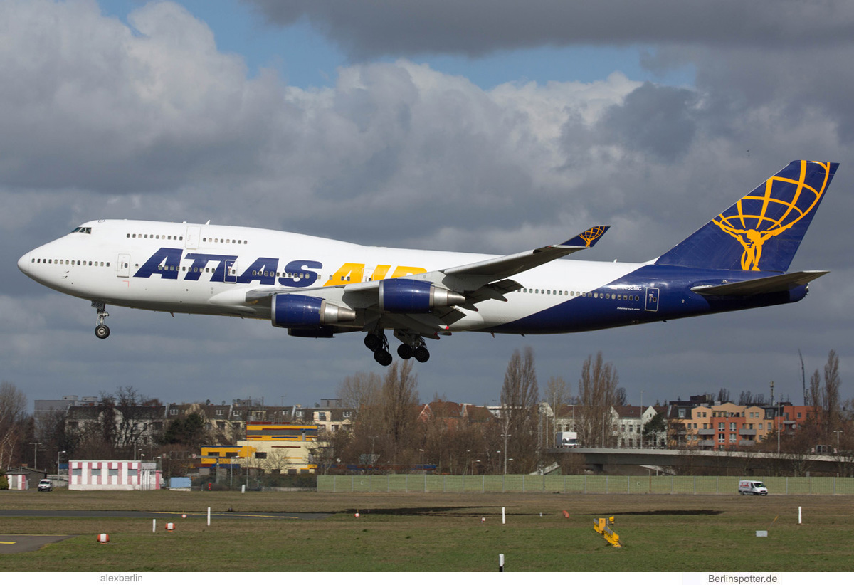 Atlas Air Boeing 747-400 N465MC