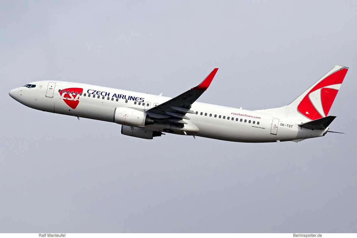 CSA Czech Airlines Boeing 737-800 OK-TST