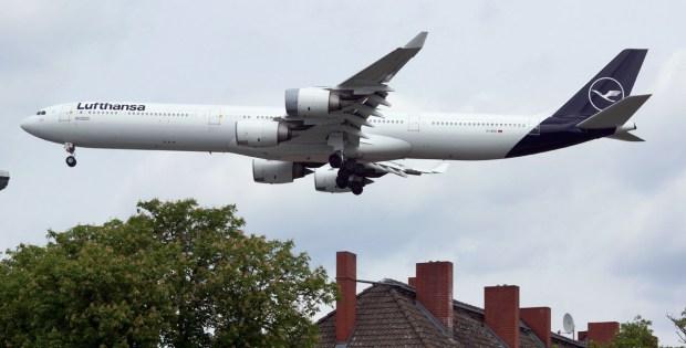 Lufthansa, Airbus A340-600 D-AIHI (TXL 26.5.2019)