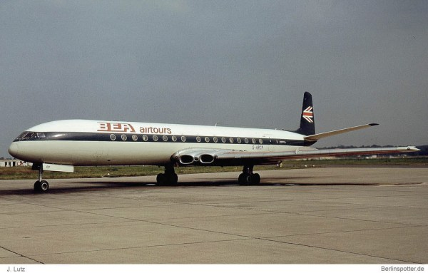 BEA airtours, DeHavilldand D.H.104 Comet 4B G-ARCP (TXL 06/1970)