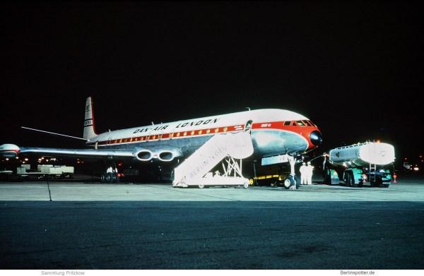 Dan-Air London , DeHavilland Comet 4C G-AYVS (TXL Anfang 70er Jahre)