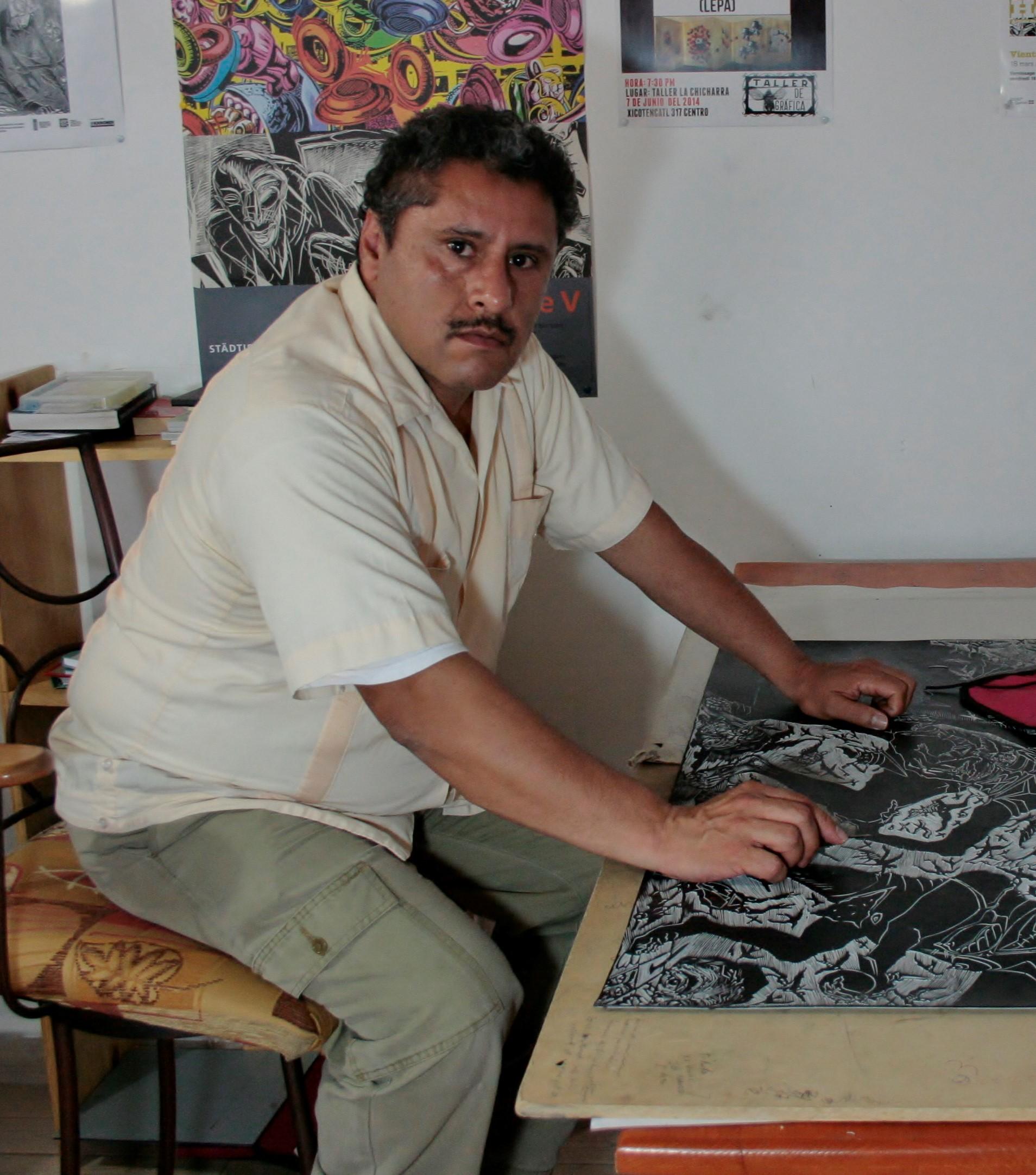 Victor Manuel Hernandez Castillo (MX)