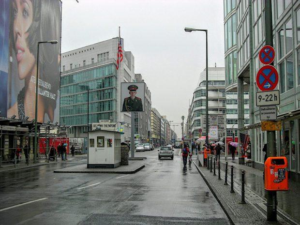 Berlinmuren og Checkpoint Charlie