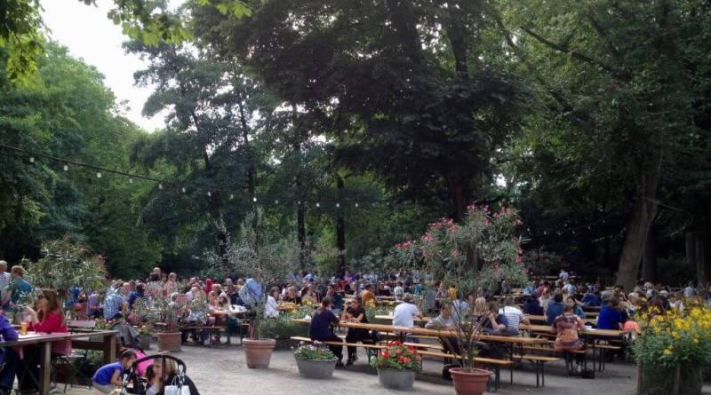 På Biergarten i Berlin