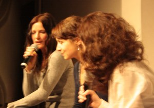Sabine Kurpiers, Sibylle Luithlen. Bild: Tito Loria.