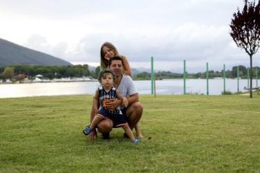 Foto einer Familie im Urlaub in Italien