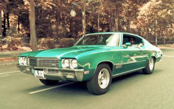 the dudes car