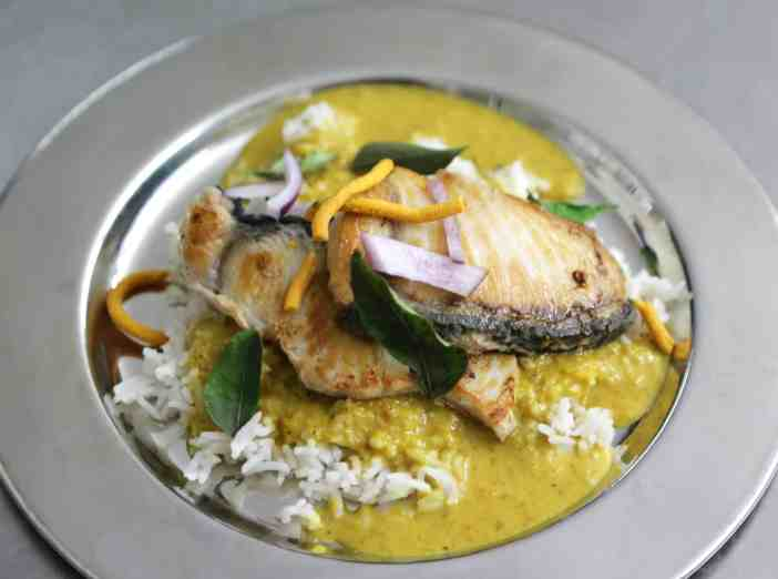 Moksa Berlin Indian Shark Curry