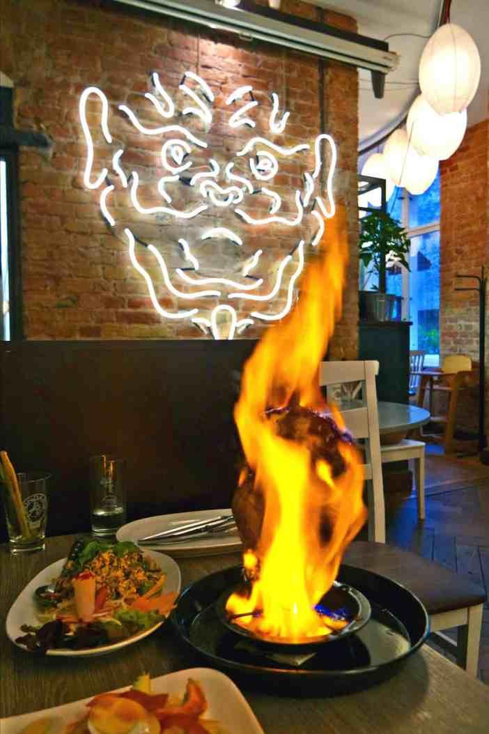 Bangkok City Berlin Flaming Chicken