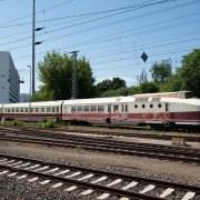 cc0 binari Germania treno stazione https://pixabay.com/it/ferrovia-germania-materiale-rotabile-3533136/