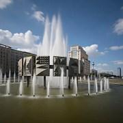 Strausberger Platz, © Hegro Berlin, Wikimedia commons, Creative Commons Attribution-Share Alike 4.0 International