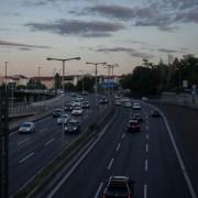Strada trafficata, emkamnicepic, CC0