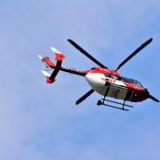 elicottero, Capri23auto, cc0, https://pixabay.com/it/photos/elicottero-elicottero-di-soccorso-3620656/