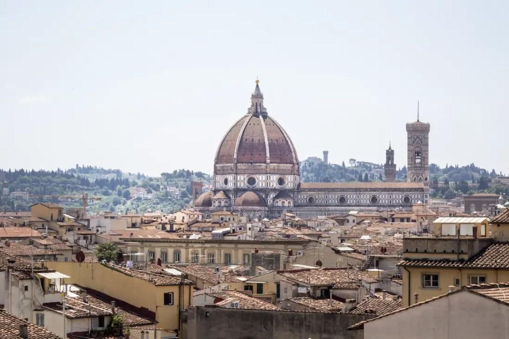 Vinci un soggiorno per due persone a Firenze e molto altro ...
