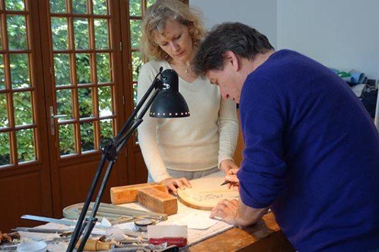 Macha Belooussova et Michel Strauss signant le Violoncelle