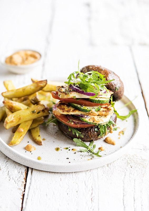 portobello burger, halloumi