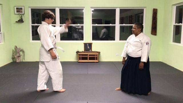 Kim and Ben doing some tanto disarmament #tanto #aikido #aikidoaikikai #bermudaaikikai #disarmament #usafdojo #womaninaikido