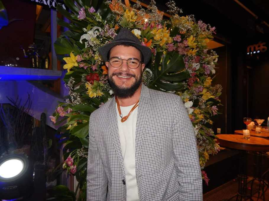 Festa Rodrigo Resende na Magia das Flores