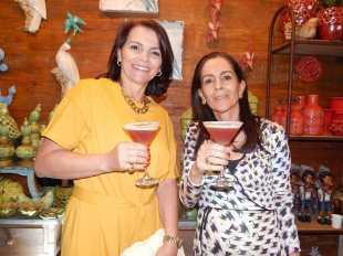 Juliana Pereira e Jeanina Daher na festa de Rodrigo Resende