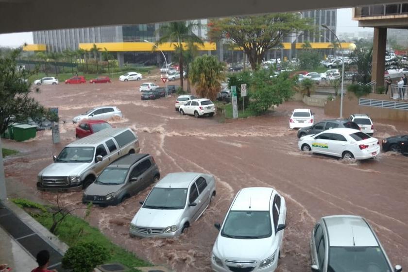 Temporal em Brasília neste 29 de outubro