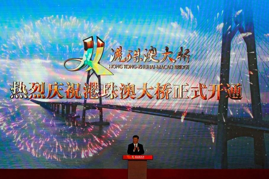 China inaugura maior ponte marítima