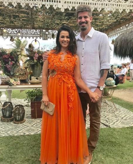 Susana Alves madrinha de casamento de Karina Bacchi e Amaury Nunes
