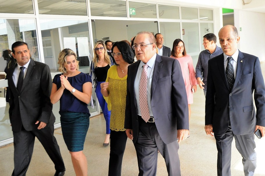 Ibaneis vistoria Casa da Mulher Brasileira