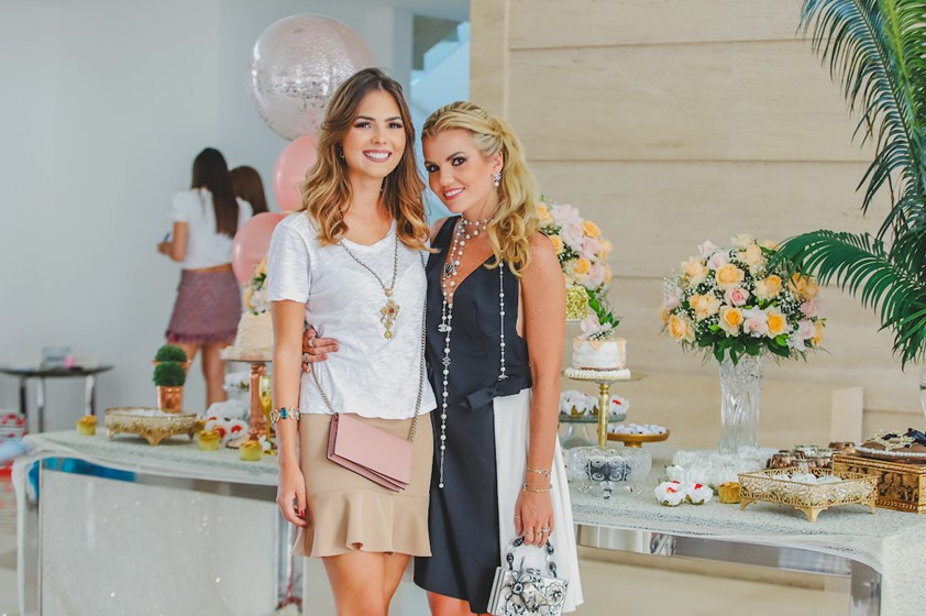 Juliana Marques ganha Chá de Lingerie em BSB - bernadetealves.com