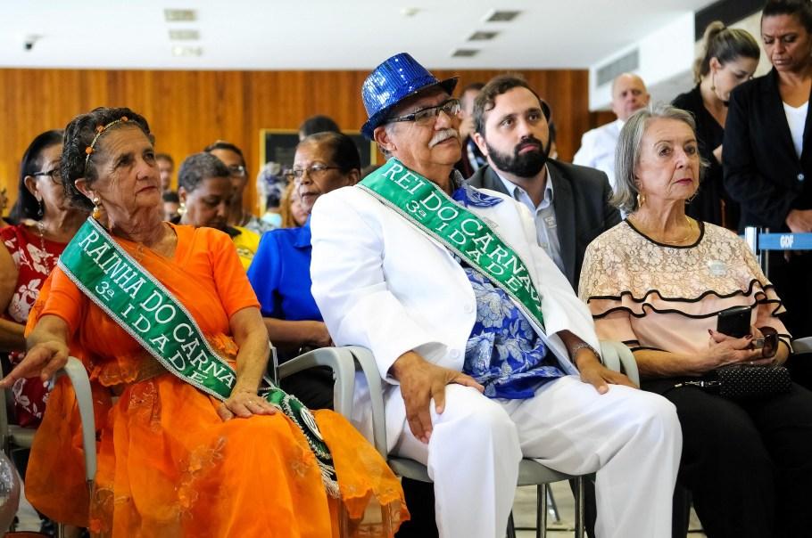Ibaneis abre o carnaval de Brasília - bernadetealves.com