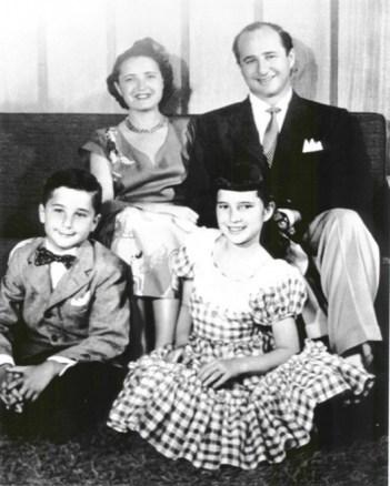 Ruth Handler e sua família