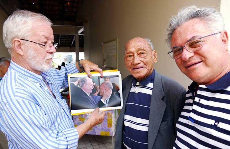 Morre Gervásio Batista,primeiro fotógrafo oficial da Presidência - bernadetealves.com