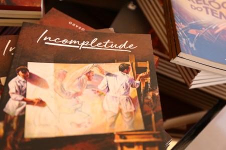Livro Incompletude, de Luis Carlos Alcoforado