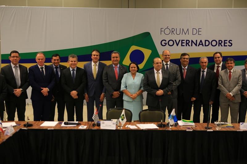 Governadores repudiam decreto das armas - Bernadete Alves