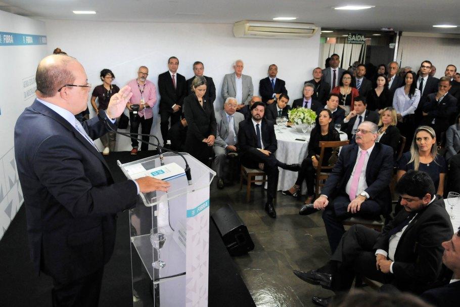 Fibra lança Agenda Legislativa 2019 - governador Ibaneis Rocha -Bernadete Alves