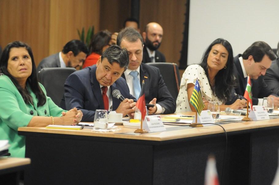 Governadores condicionam apoio à reforma da Previdência - Bernadete Alves