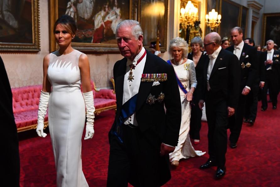 Rainha Elizabeth II - Banquete de Estado - Trump e  Melania  - Palácio de Buckingham -  Bernadete Alves