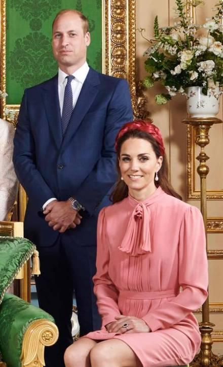 Kate Middleton, duquesa de Cambridge e o príncipe William no batizado de Archie
