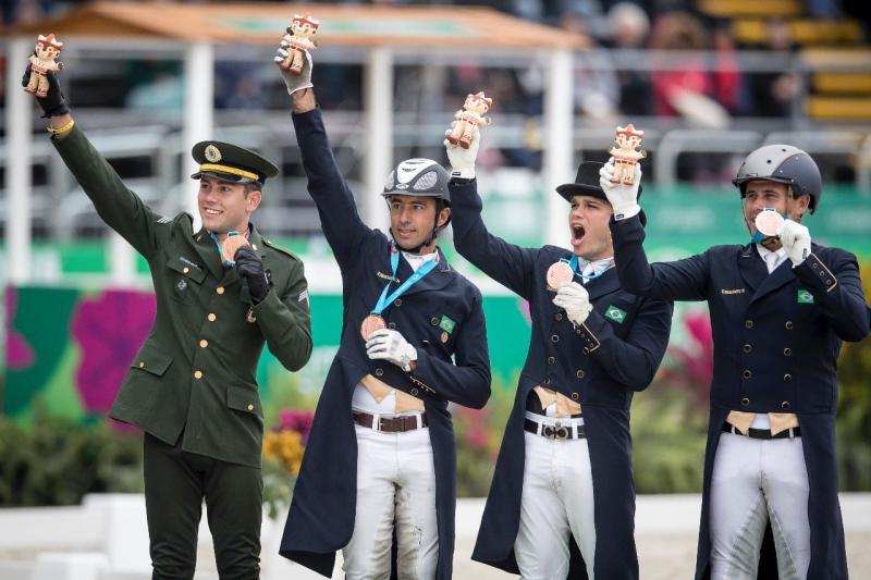 Adestramento do Brasil ganha bronze e garante vaga em Tóquio 2020 - Bernadete Alves