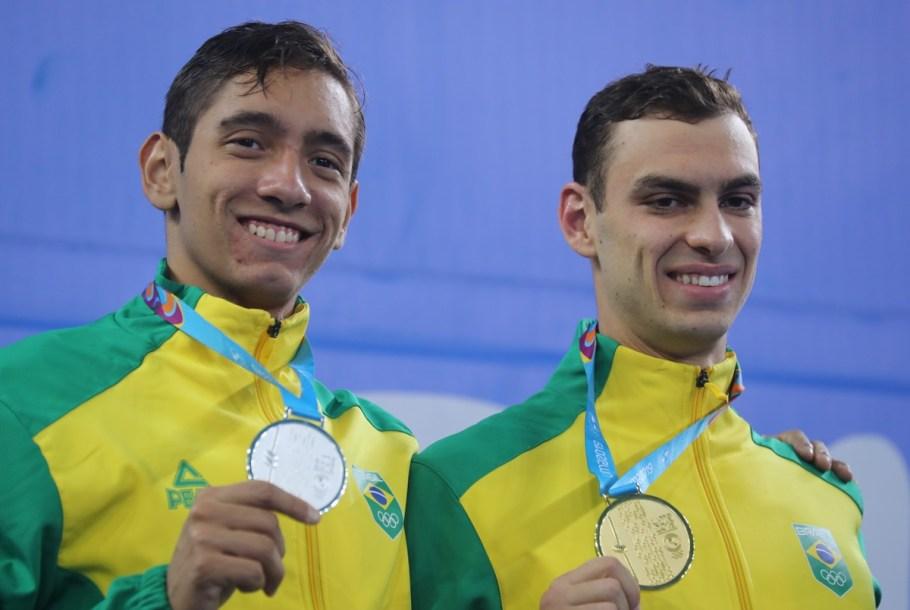 Natação brasileira coleciona medalhas de Ouro no Pan de Lima  - Bernadete Alves