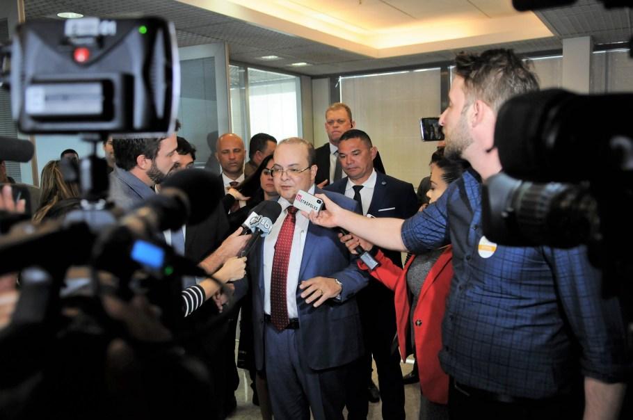 Ibaneis - no DF não existe governo de esquerda ou de direita - Bernadete Alves